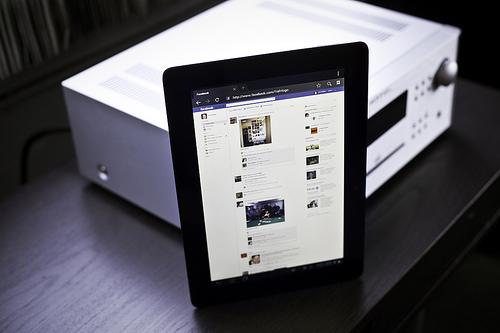 Native Video Views Skyrocket on Facebook Marketers Take Note